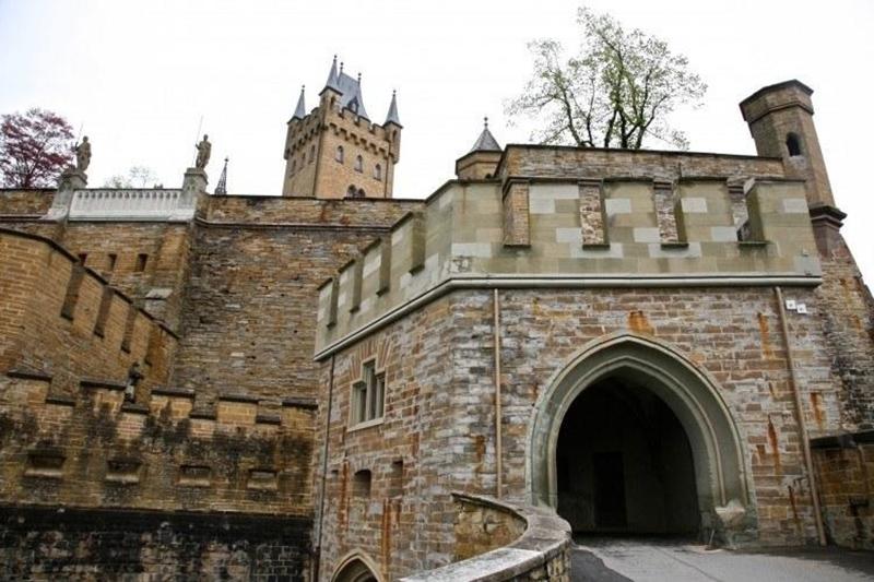 Портал замка Гогенцоллерн, фото