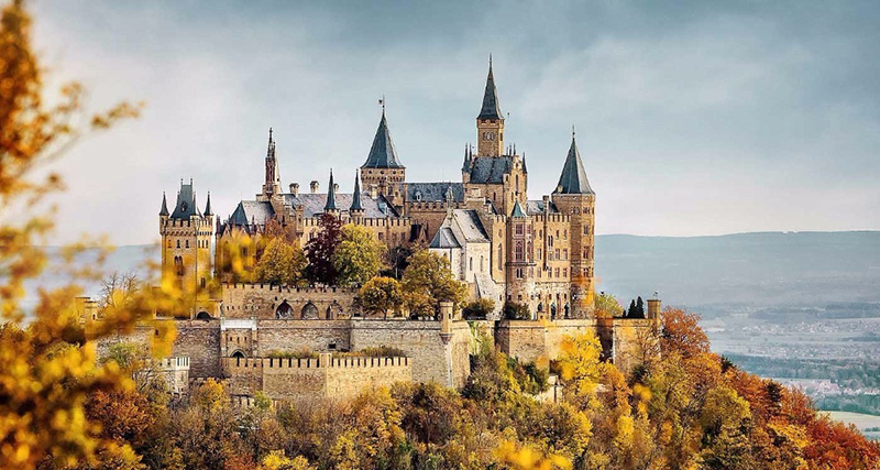Вид на замок, фото
