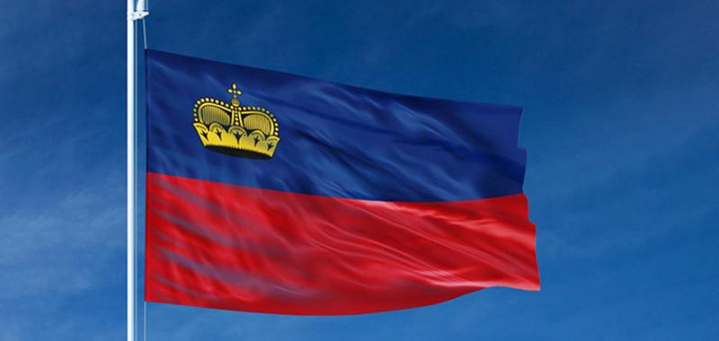 Флаг Лихтенштейна, фото